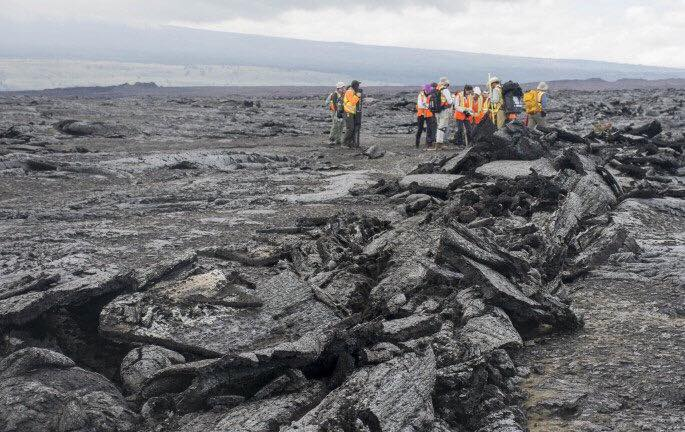 Students Send Dispatches from NASA Trip to Volcano